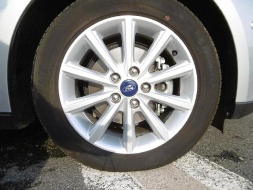 Ford Focus 1.0 Ecoboost 100ch Stop&start Titanium - Visuel #4