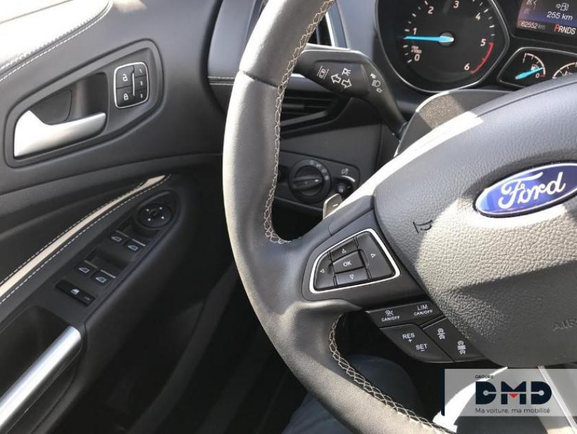 Ford Kuga 2.0 Tdci 150ch Stop&start Vignale 4x4 Powershift - Visuel #11