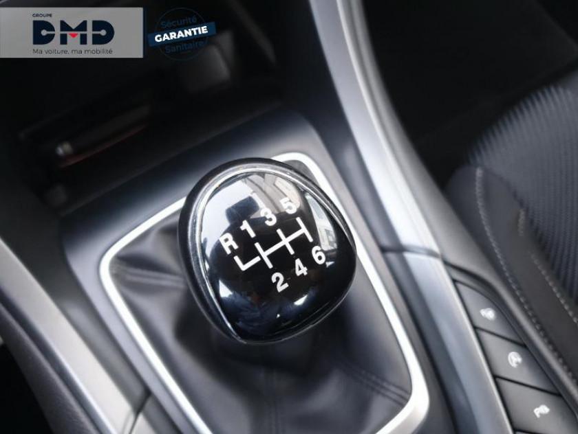 Ford Mondeo 2.0 Tdci 150ch Titanium 5p Euro6.2 - Visuel #8