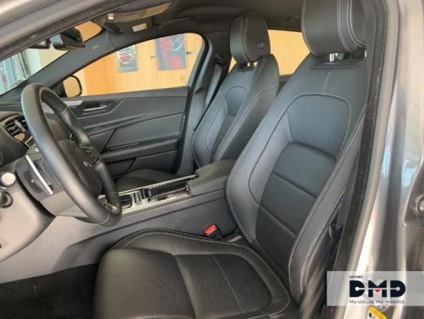 Jaguar Xe 2.0d 180ch R-sport Bva8 - Visuel #9