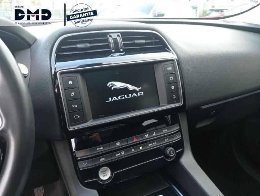 Jaguar F-pace 2.0d 180ch Prestige 4x4 Bva8 - Visuel #6