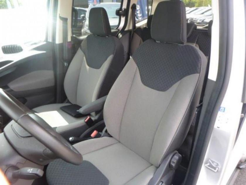 Ford Tourneo Courier 1.0e 100ch Titanium - Visuel #9