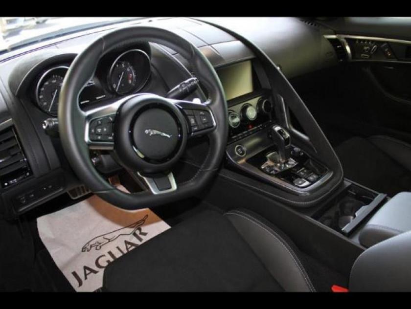 Jaguar F-type Coupe 3.0 V6 Suralimenté 380ch R-dynamic Awd Bva8 - Visuel #3