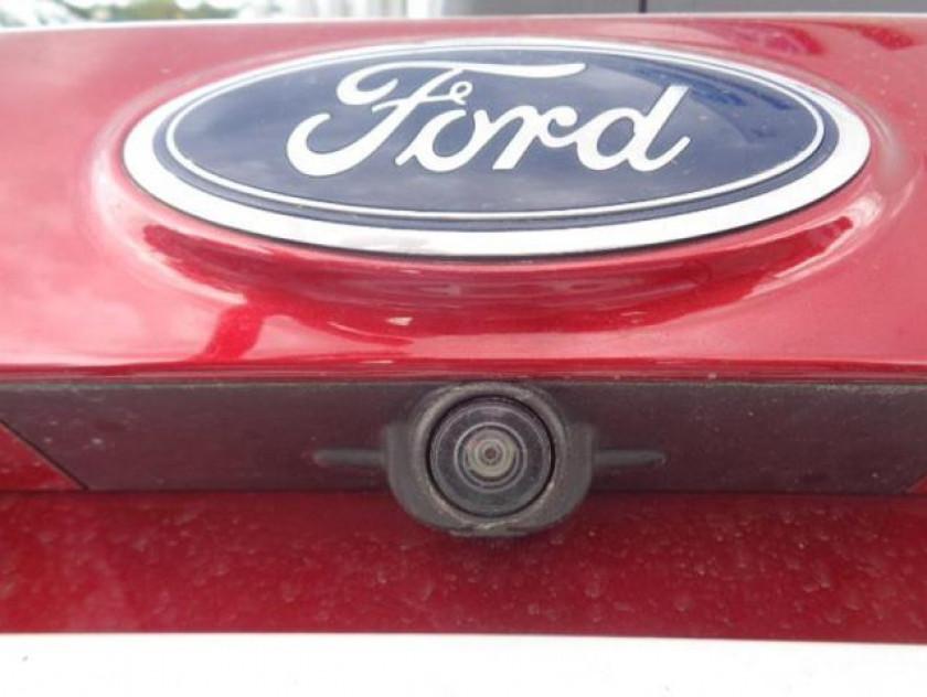Ford Kuga 2.0 Tdci 150ch Stop&start Titanium 4x2 Euro6.2 - Visuel #5