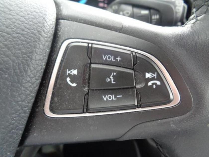 Ford Kuga 2.0 Tdci 150ch Stop&start Titanium 4x2 Euro6.2 - Visuel #10