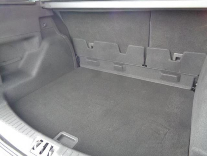 Ford Kuga 2.0 Tdci 150ch Stop&start Titanium 4x2 Euro6.2 - Visuel #4