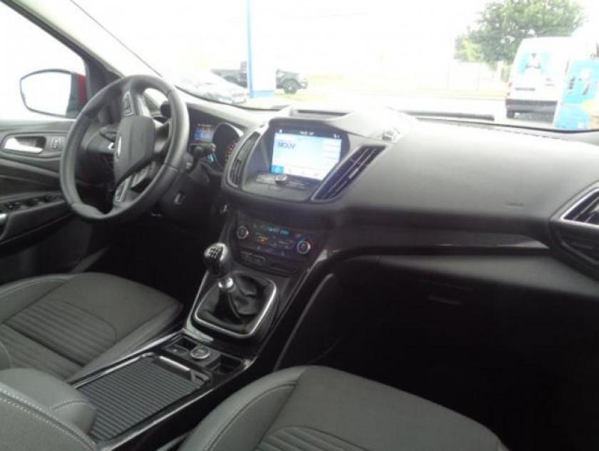 Ford Kuga 2.0 Tdci 150ch Stop&start Titanium 4x2 Euro6.2 - Visuel #2
