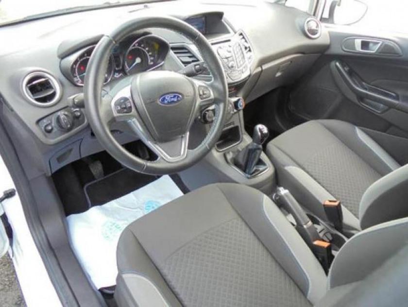 Ford Fiesta 1.5 Tdci 75ch Stop&start Edition 5p - Visuel #3