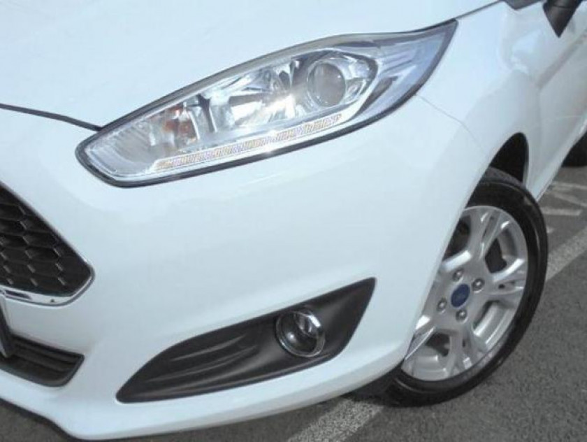 Ford Fiesta 1.5 Tdci 75ch Stop&start Edition 5p - Visuel #17