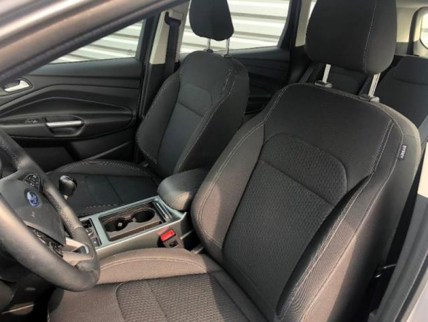 Ford Kuga 1.5 Tdci 120ch Stop&start Trend Business 4x2 Euro6.2 - Visuel #6