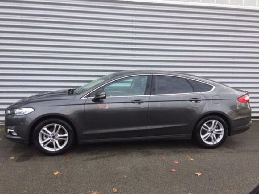 Ford Mondeo 2.0 Tdci 150ch Titanium Business 5p Euro6.2 - Visuel #7
