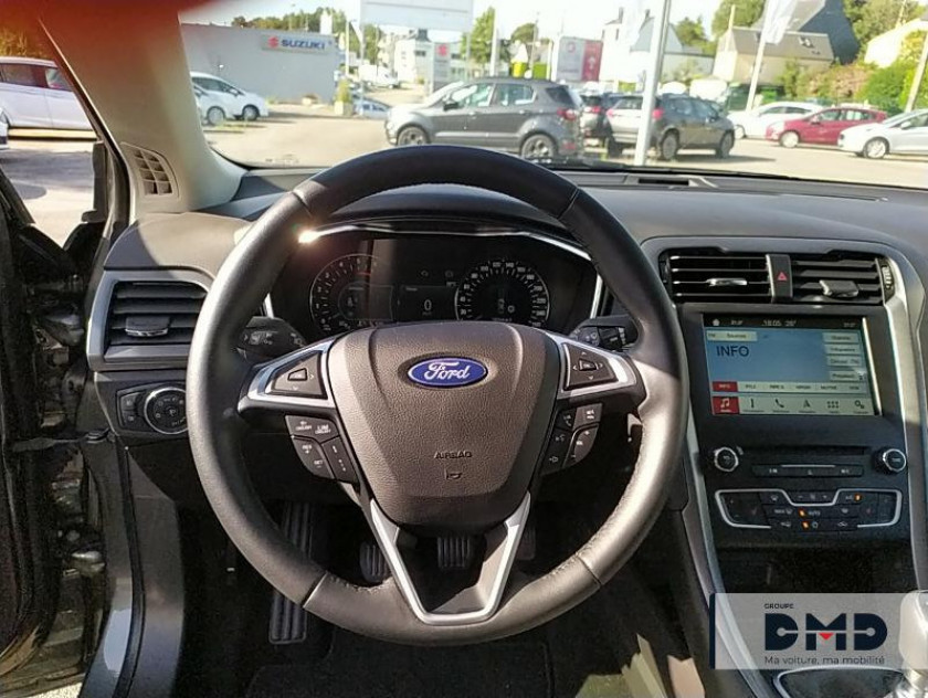 Ford Mondeo 2.0 Tdci 150ch Titanium Business 5p Euro6.2 - Visuel #13