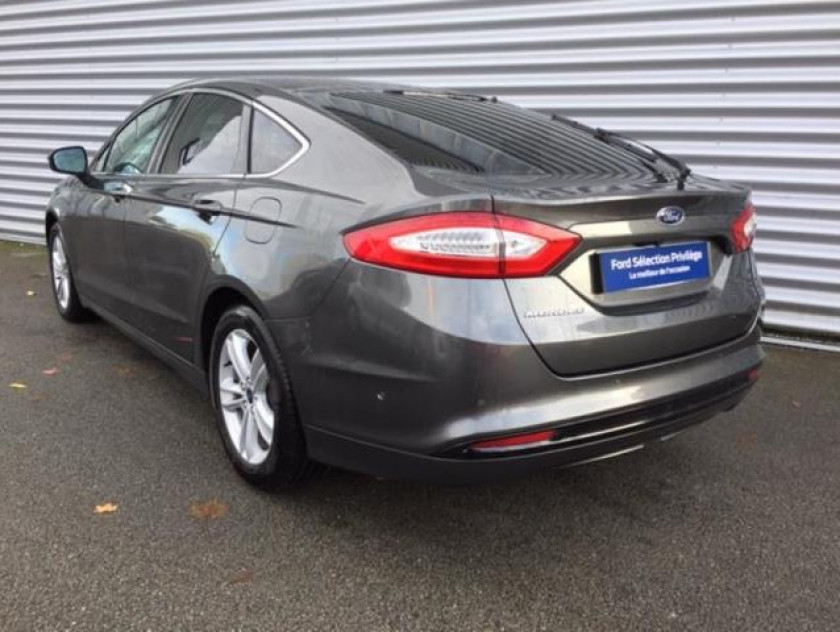 Ford Mondeo 2.0 Tdci 150ch Titanium Business 5p Euro6.2 - Visuel #6