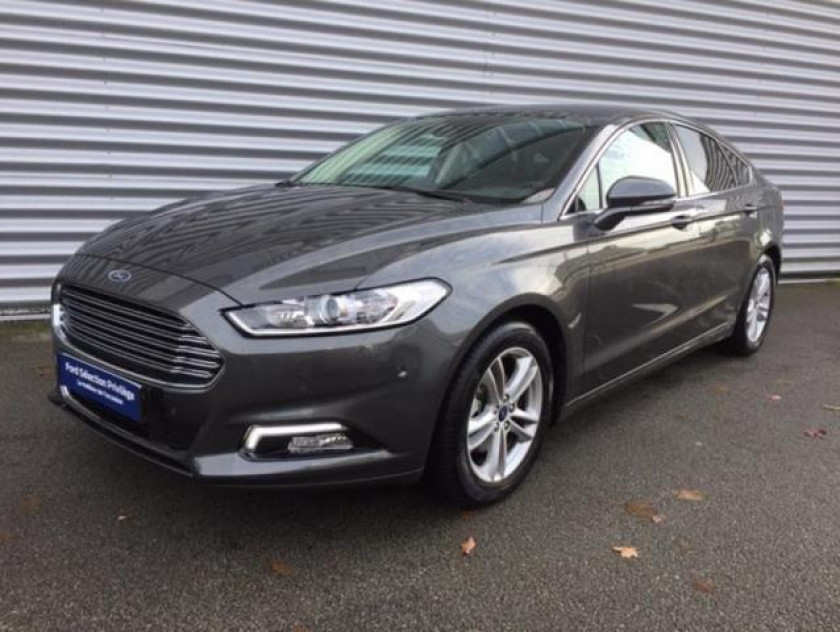 Ford Mondeo 2.0 Tdci 150ch Titanium Business 5p Euro6.2 - Visuel #4