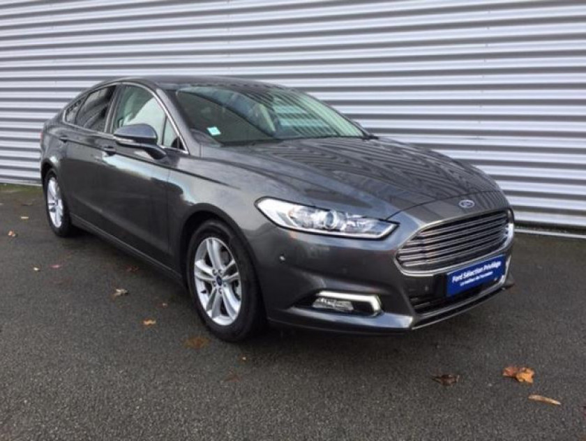 Ford Mondeo 2.0 Tdci 150ch Titanium Business 5p Euro6.2 - Visuel #1