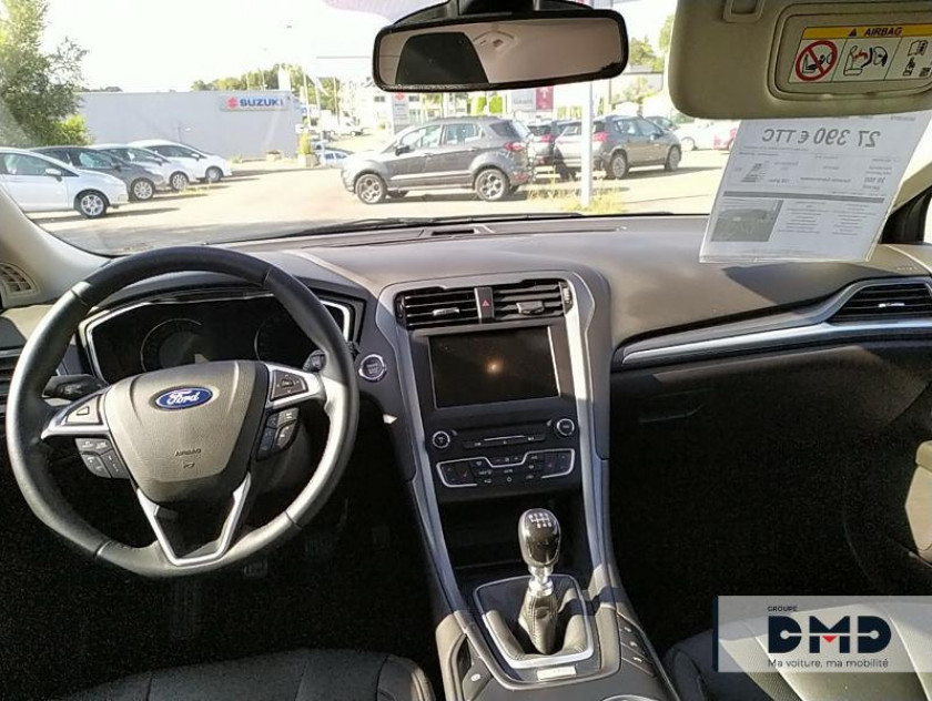 Ford Mondeo 2.0 Tdci 150ch Titanium Business 5p Euro6.2 - Visuel #11
