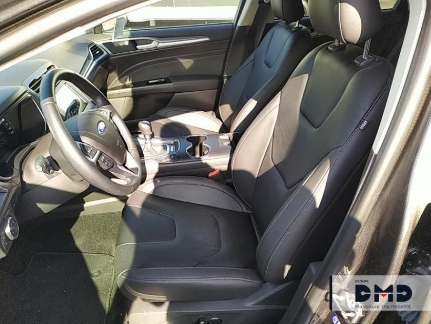 Ford Mondeo 2.0 Tdci 150ch Titanium Business 5p Euro6.2 - Visuel #15