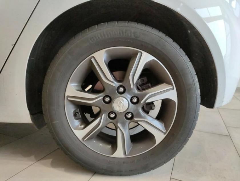 Hyundai Ix20 1.6 125ch Intuitive Bva - Visuel #13