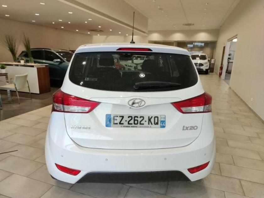 Hyundai Ix20 1.6 125ch Intuitive Bva - Visuel #11