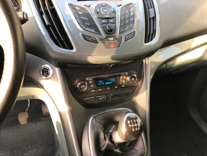 Ford C-max 1.6 Tdci 115ch Fap Titanium X - Visuel #14