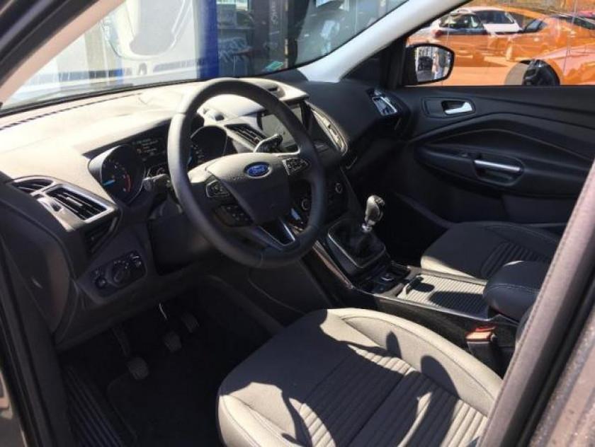 Ford Kuga 1.5 Tdci 120ch Stop&start Titanium 4x2 Euro6.2 - Visuel #8