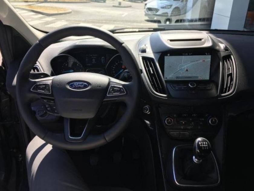 Ford Kuga 1.5 Tdci 120ch Stop&start Titanium 4x2 Euro6.2 - Visuel #10