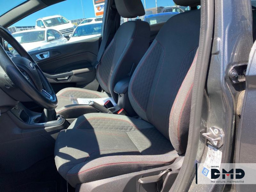 Ford Fiesta 1.5 Tdci 95ch Fap St Line 5p - Visuel #9