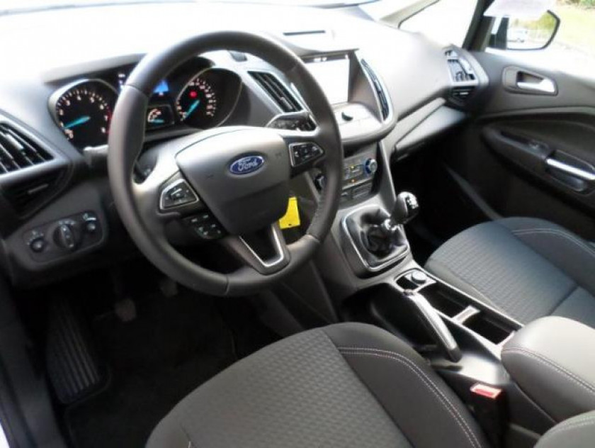 Ford C-max 1.0 Ecoboost 100ch Stop&start Trend Euro6.2 - Visuel #15