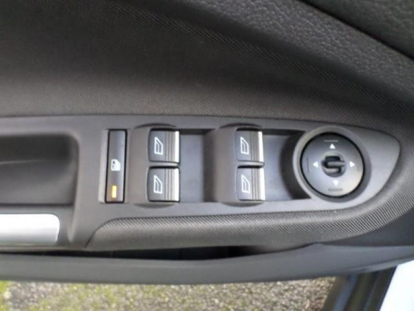 Ford C-max 1.0 Ecoboost 100ch Stop&start Trend Euro6.2 - Visuel #16