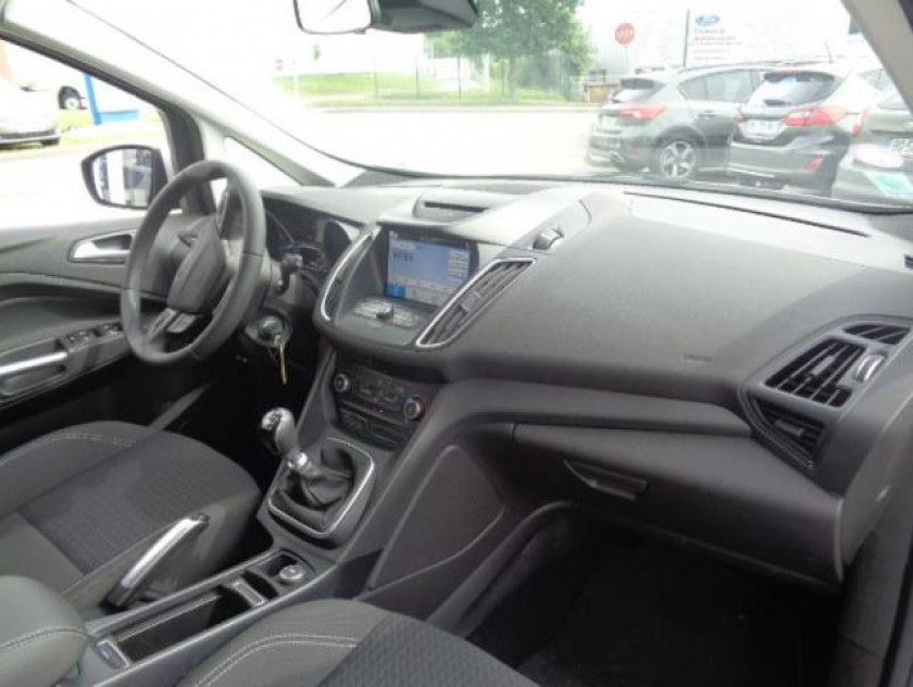 Ford C-max 1.0 Ecoboost 100ch Stop&start Trend Euro6.2 - Visuel #8