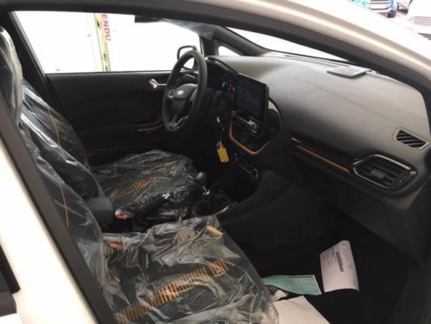 Ford Fiesta Active 1.0 Ecoboost 100ch S&s Pack Euro6.2 - Visuel #4