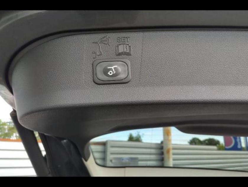 Ford Kuga 2.0 Tdci 150ch Titanium - Visuel #5