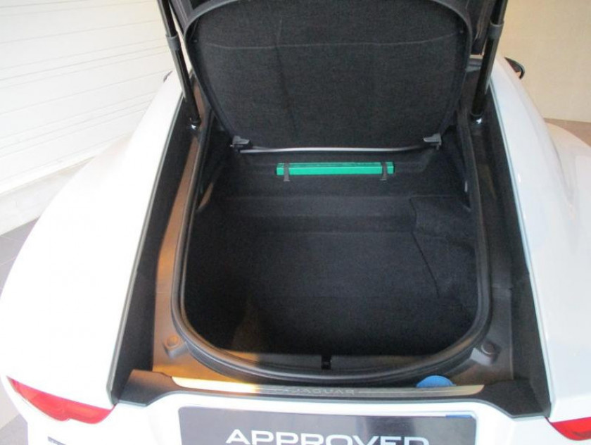Jaguar F-type Coupe 5.0 V8 575ch Svr Awd Bva8 - Visuel #10