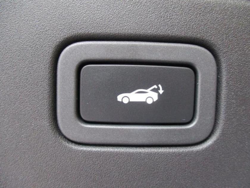 Jaguar F-type Coupe 5.0 V8 575ch Svr Awd Bva8 - Visuel #11