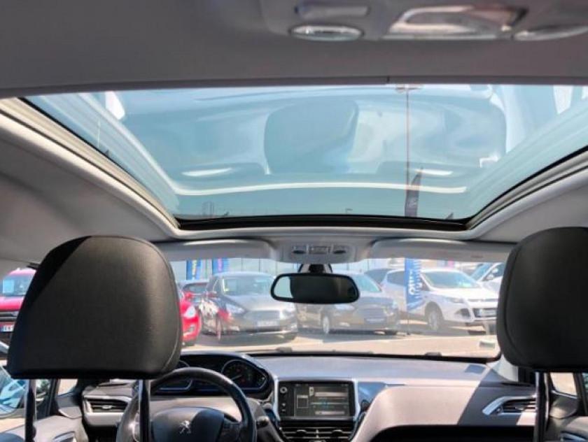 Peugeot 2008 1.6 E-hdi92 Fap Féline Cuivre - Visuel #5