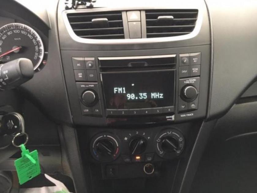 Suzuki Swift 1.3 Ddis 75ch Privilège 5p - Visuel #14