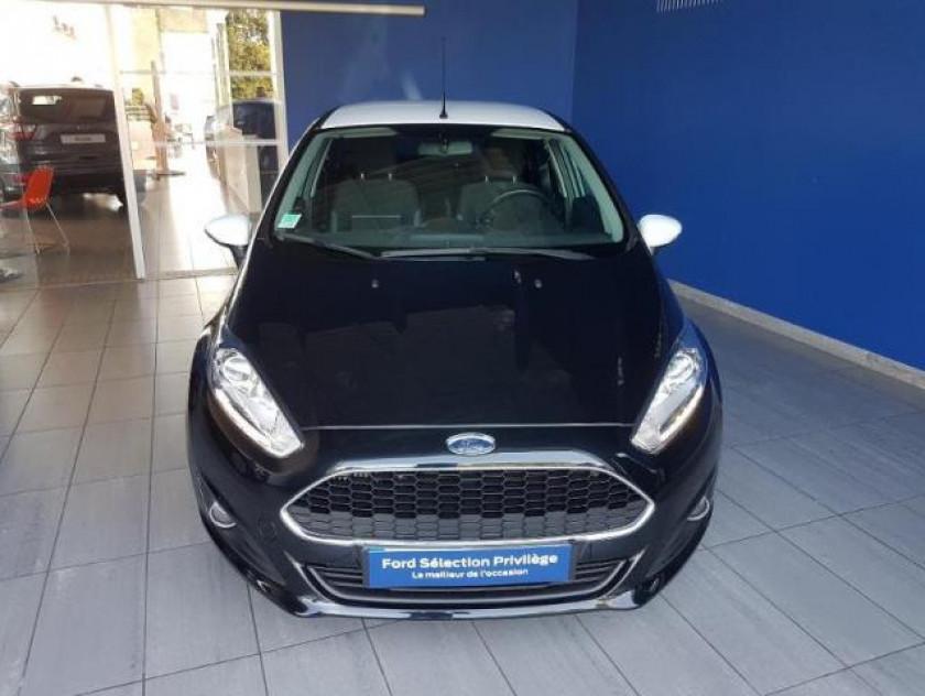Ford Fiesta 1.5 Tdci 75ch Black 5p - Visuel #2