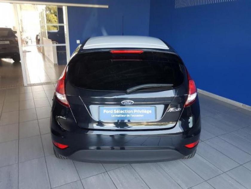Ford Fiesta 1.5 Tdci 75ch Black 5p - Visuel #4