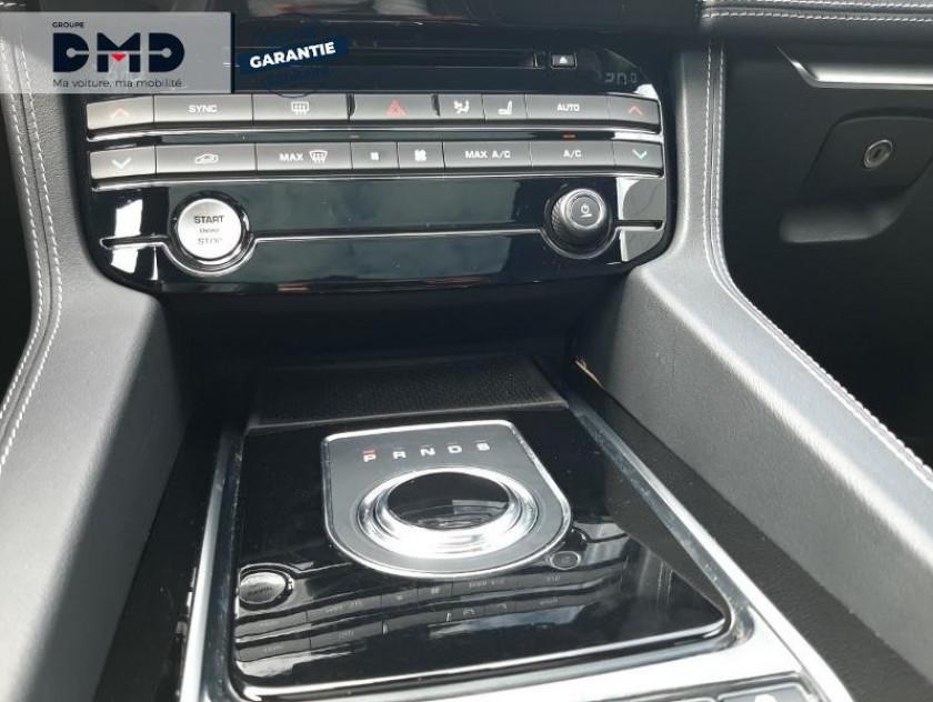 Jaguar F-pace 2.0d 180ch Black Limited R-sport Awd Bva8 - Visuel #8
