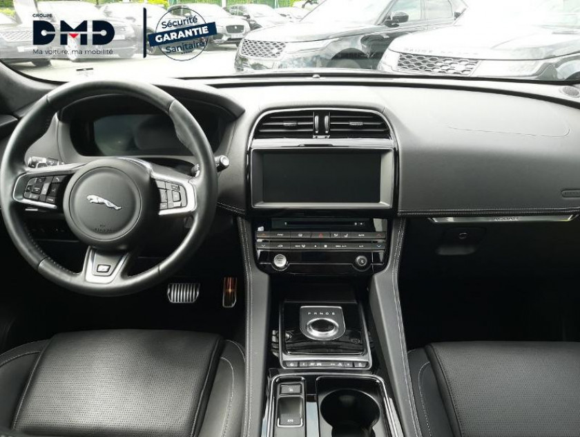 Jaguar F-pace 2.0d 180ch Black Limited R-sport Awd Bva8 - Visuel #5
