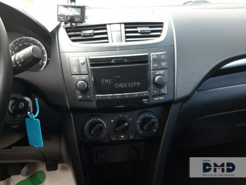 Suzuki Swift 1.3 Ddis 75ch Privilège 5p - Visuel #6