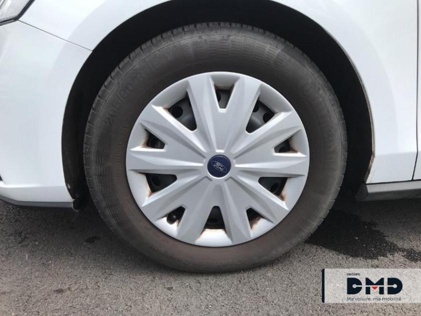 Ford Focus 1.0 Ecoboost 85ch Trend - Visuel #13