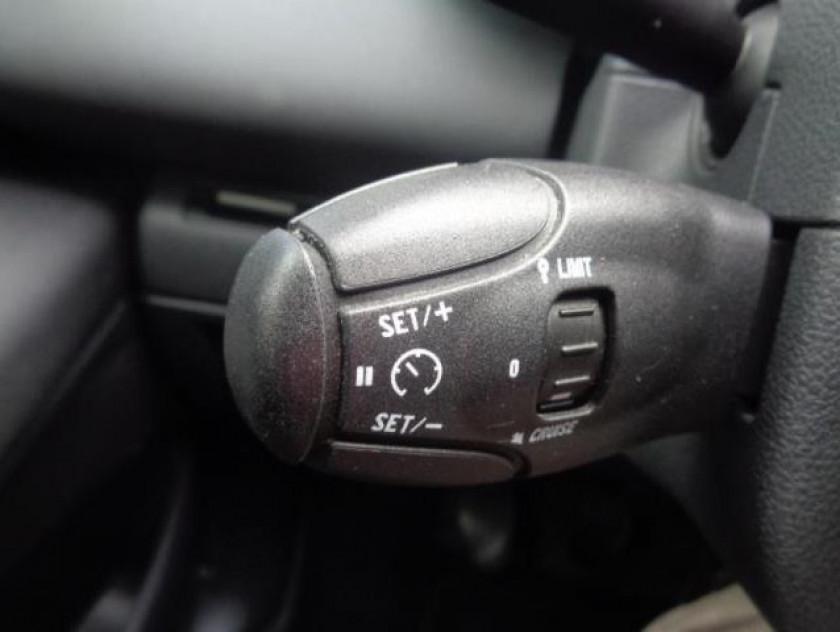 Peugeot 5008 1.6 Hdi112 Fap Active 7pl - Visuel #12