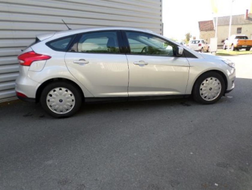 Ford Focus 1.5 Tdci 105ch Econetic Stop&start Executive - Visuel #18