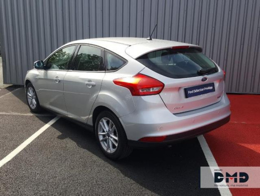 Ford Focus 1.0 Ecoboost 100ch Stop&start Executive - Visuel #3