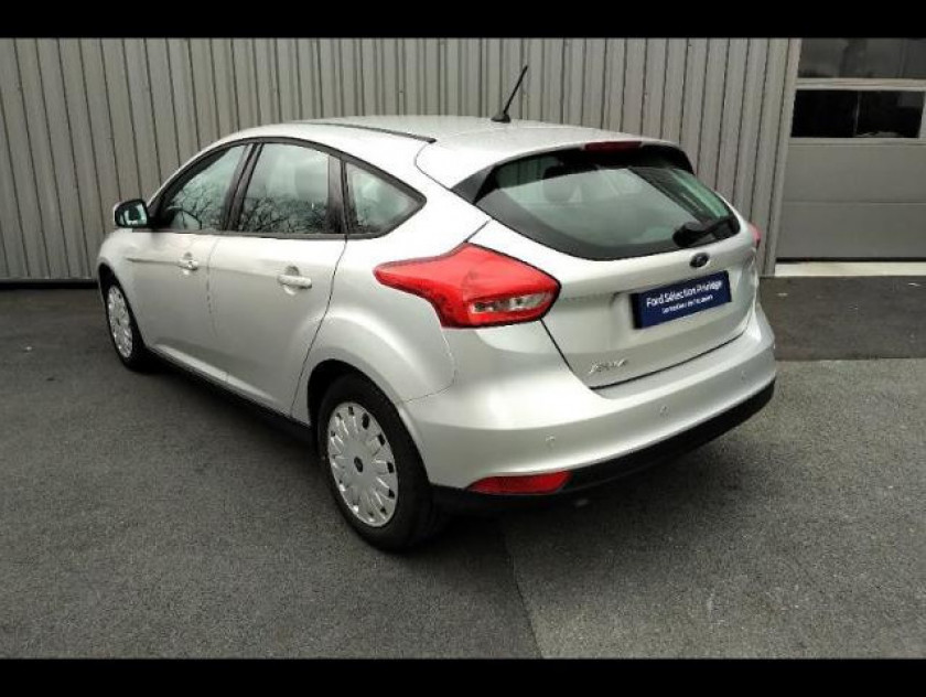 Ford Focus 1.5 Tdci 105ch Econetic Stop&start Executive - Visuel #3