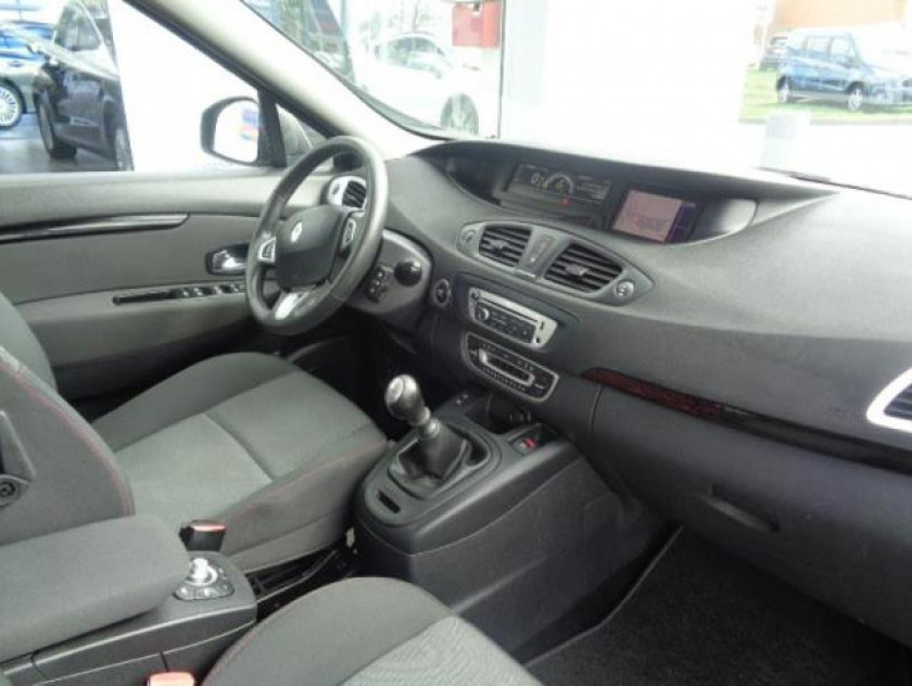 Renault Scenic 1.5 Dci 110ch Fap Business - Visuel #2