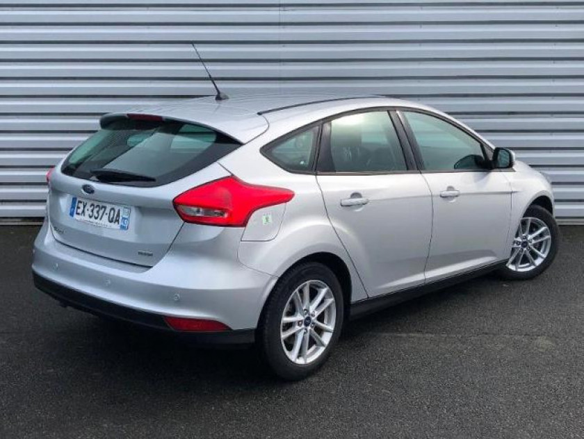 Ford Focus 1.0 Ecoboost 100ch Stop&start Executive - Visuel #2