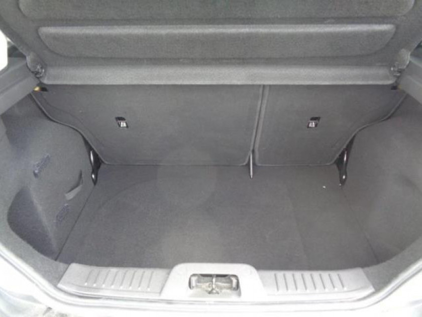 Ford Fiesta 1.25 82ch Edition 5p - Visuel #4