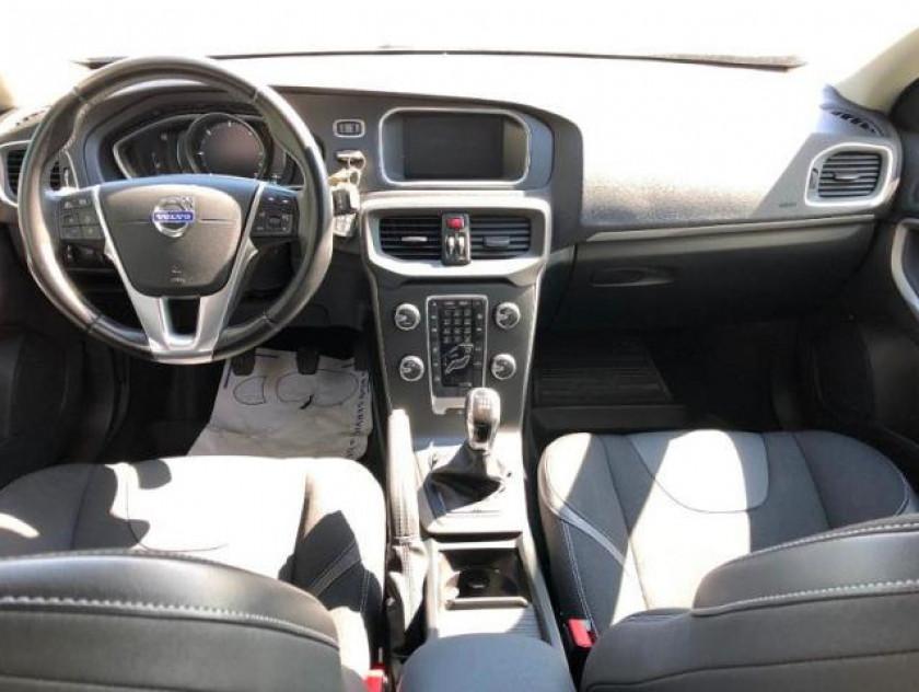 Volvo V40 D2 115ch Start&stop Momentum Business - Visuel #9
